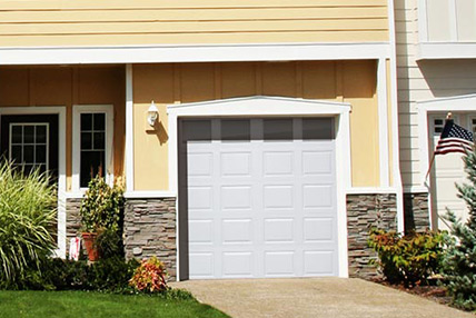 Raised recessed and flush panels bailey garage doors for Flush panel wood garage door